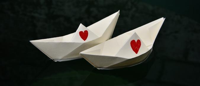 paper-boat-2287575_960_720